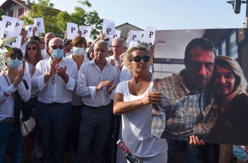 Busfahrer in Frankreich gestorben – Ruf nach harten Strafen