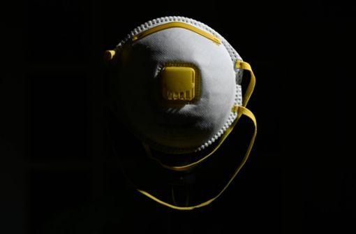 Daimler und VW spenden Atemschutzmasken an Klinken und Behörden