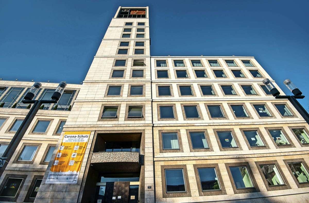 Wer im November OB-Fritz Kuhn (Grüne) als Chef im Stuttgarter Rathaus beerben will, muss im Wahlkampf zunächst einmal viel Geld in die Hand nehmen. Foto: Lg/Leif Piechowski