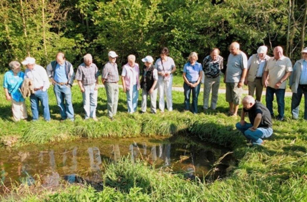 """Regelmäßig treffen sich die Mitglieder der Schutzgemeinschaft im Naturschutzgebiet """"Unteres Feuerbachtal"""" zur Biotoppflege. Foto: privat"""