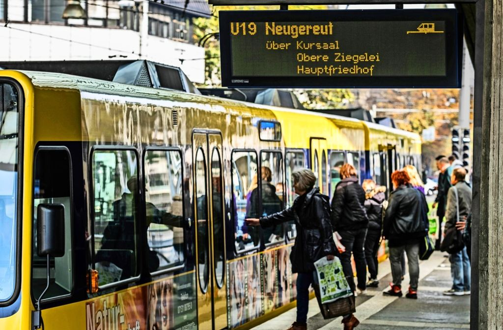 Auch ohne Feinstaubalarm sind die Stadtbahnlinien immer stärker ausgelastet. Foto: Lichtgut/Max Kovalenko