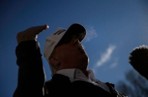 Trump sagt Reise wegen Haushaltsstreits ab