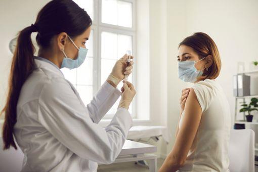 Corona- und Grippe-Impfung gleichzeitig