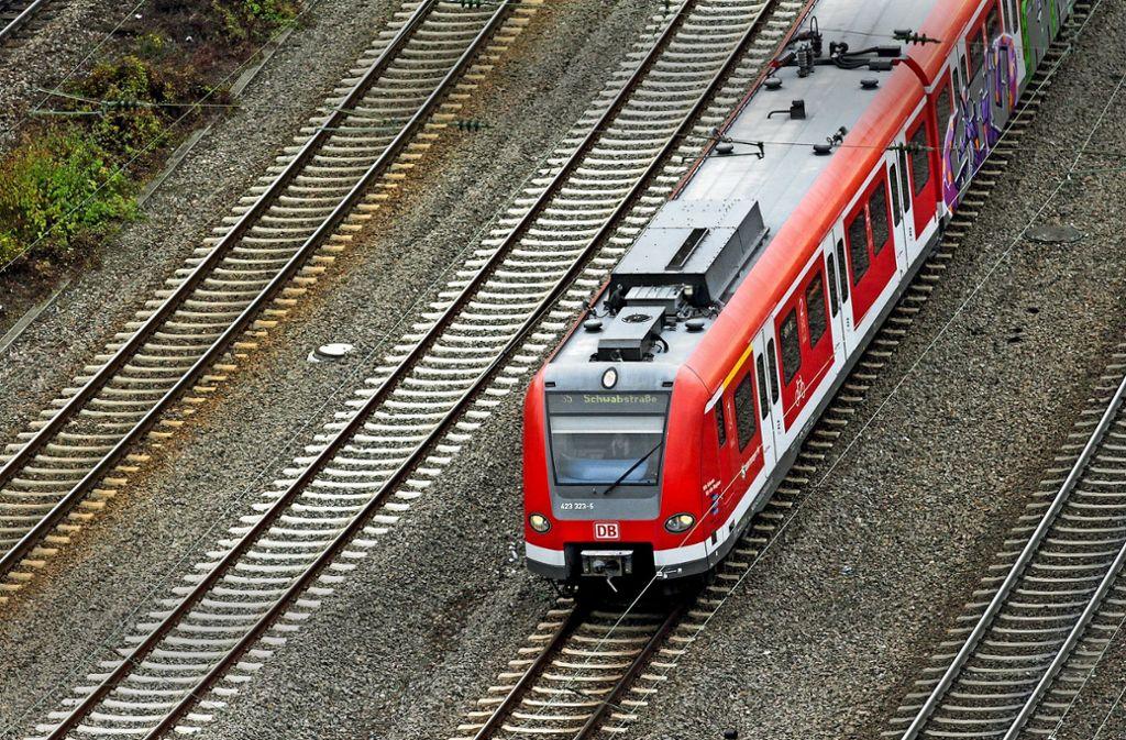 Die S-Bahn könnte künftig häufiger von Stuttgart in Richtung Ludwigsburg und Bietigheim-Bissingen fahren, vielleicht sogar direkt aus Richtung Weil der Stadt. Foto: factum/Granville