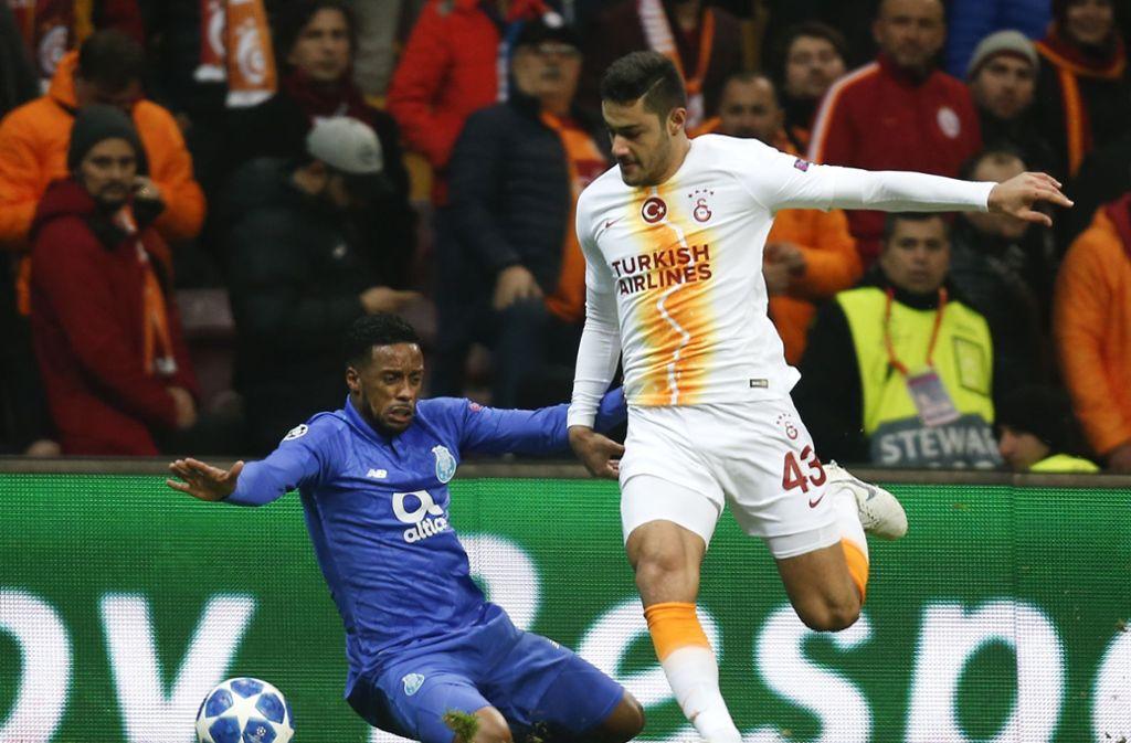Ozan Kabak hat beim VfB einen langfristgen Vertrag unterschrieben. Foto: AP