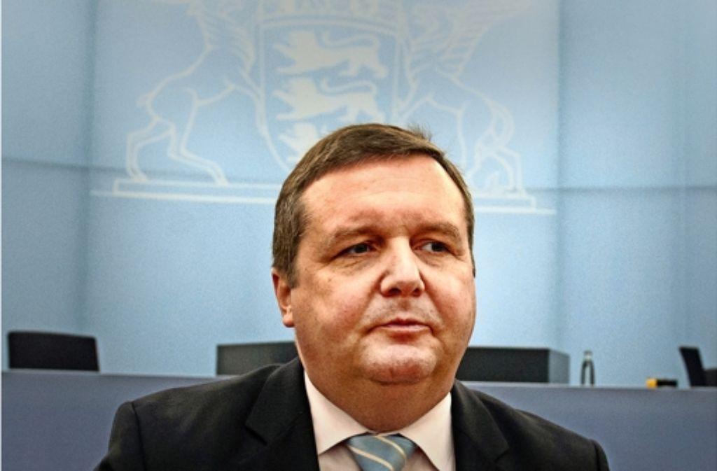 Vom Staatsministerium bestens präpariert: Ex-Regierungschef  Stefan Mappus. Foto: dpa