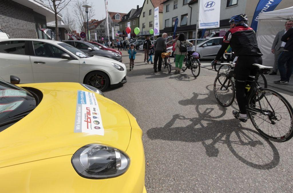 Räder  und Autos sind die Hauptthemen bei der Messe Ditzingen Mobil. Foto: factum/Weise
