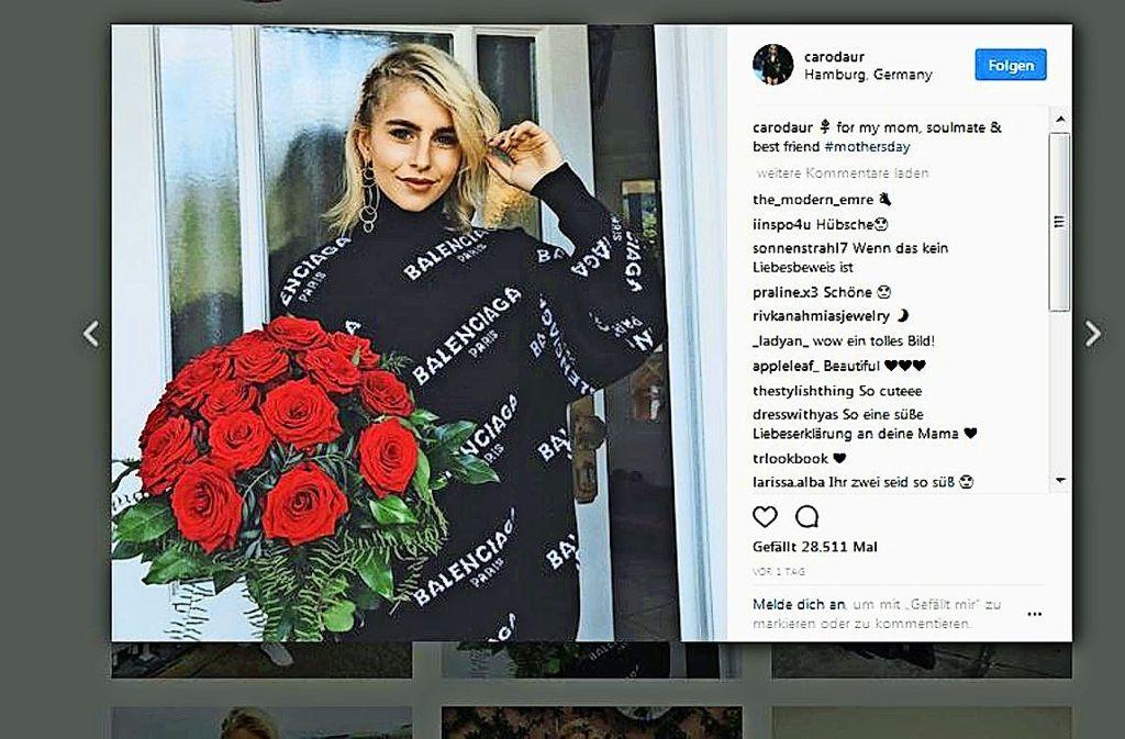 Caroline Daur hat viele Abonnentinnen  auf Internetplattformen und ist deshalb für Modefirmen als Markenbotschafterin sehr interessant. Foto: Instagram