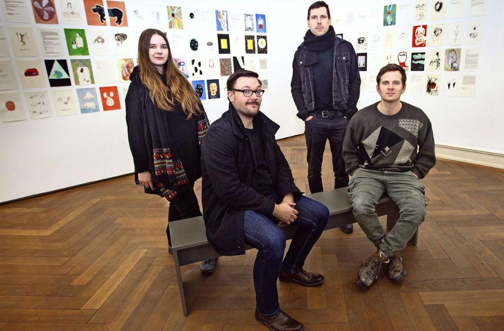 Johanna Mangold, Vladimir Unkovic, Jochen Damian Fischer und Jonas Maria Ried (von links)  gehören zum diesjährigen Meisterschüler-Abschluss-Jahrgang. Foto: Ines Rudel