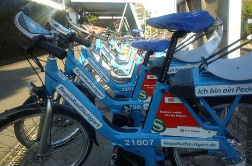 Die Bahn stellt neue Leihräder auf