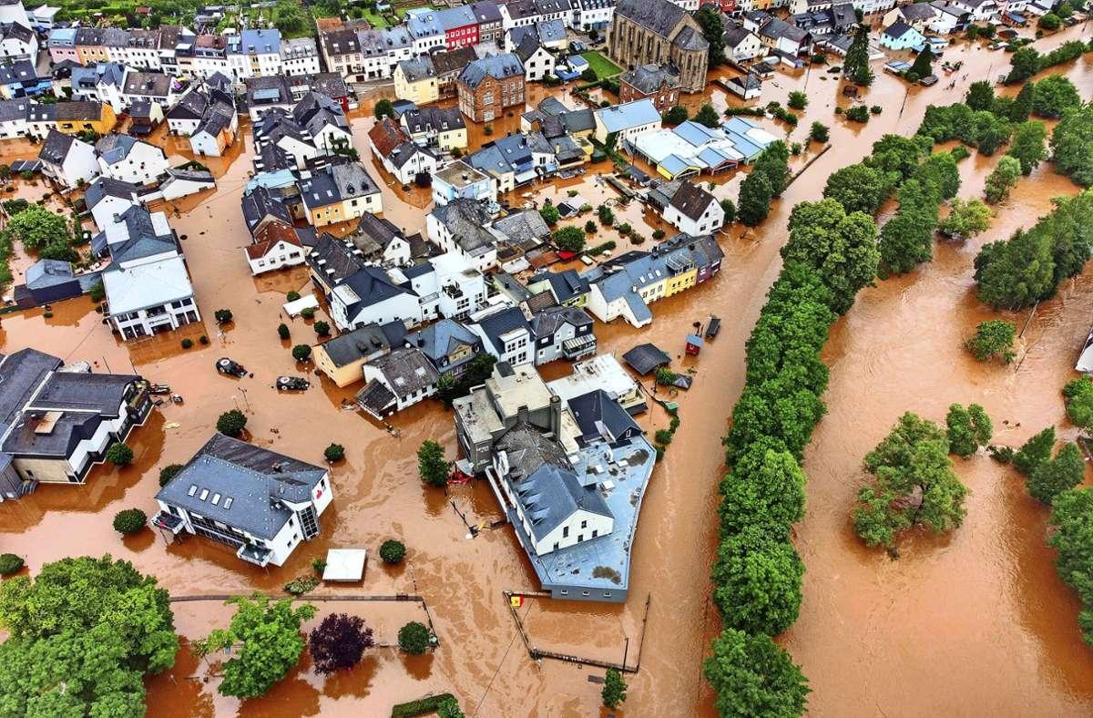 Das Hochwasser in Rheinland-Pfalz (Archivbild). Foto: dpa/Sebastian Schmitt