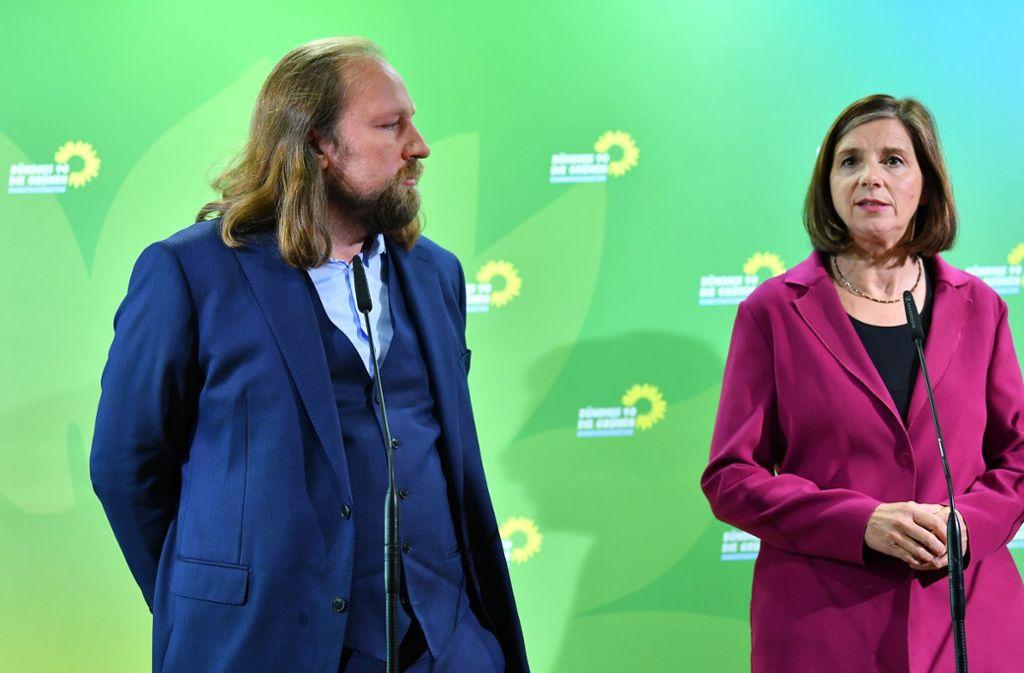 Anton Hofreiter und Kathrin Göring-Eckardt bleiben die Fraktionschefs der Grünen im Bundestag. (Archivbild) Foto: dpa/Martin Schutt