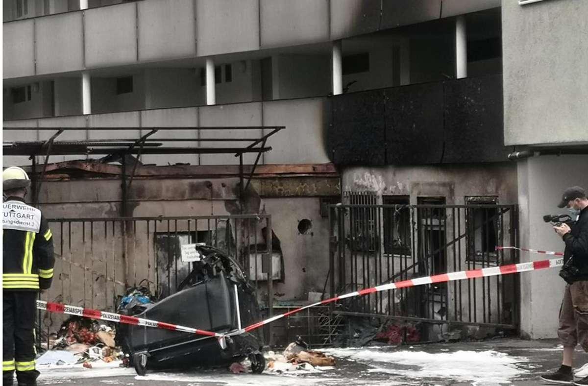 In Bad Cannstatt fing ein Müllcontainer Feuer. Foto: Andreas Rosar/ Fotoagentur-Stuttgart