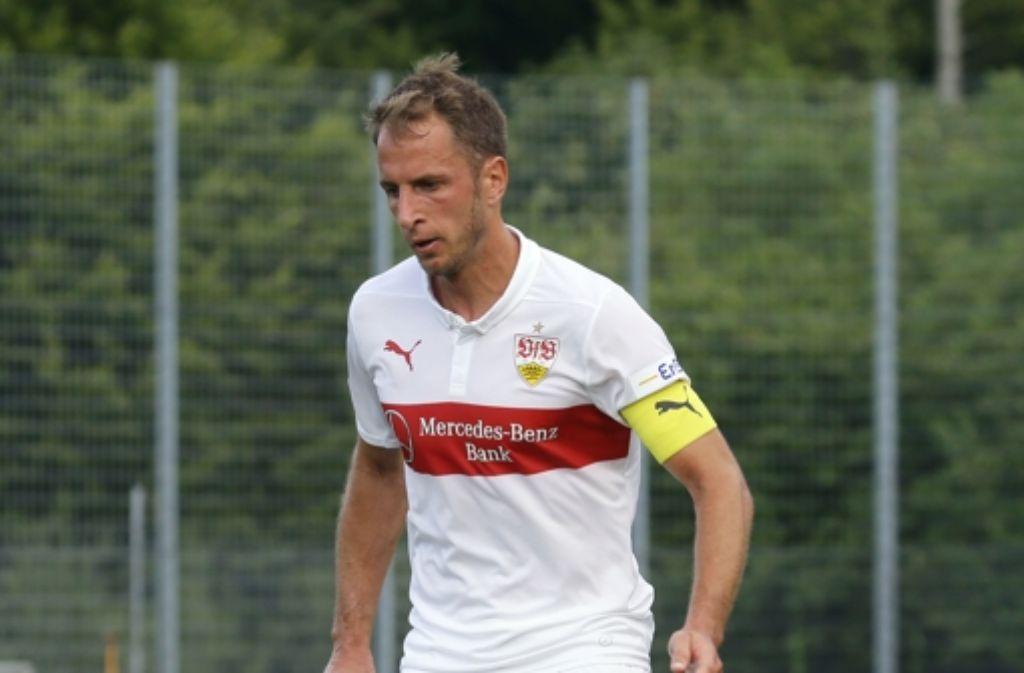 Kapitän Tobias Rathgeb hat seinen Vertrag beim VfB II bis 2017 verlängert. Foto: Baumann