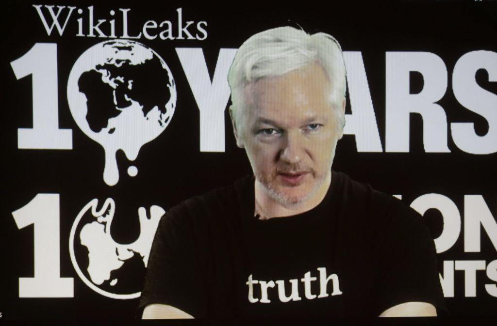 Julian Assange, Wikileaks-Mitbegründer, und die Enthüllungsplattform haben vor dem Ausscheiden von US-Präsident Barack Obama aus dem Amt eine Belohnung für durchgesickerte Informationen aus dem Weißen Haus ausgesetzt. Foto: AP