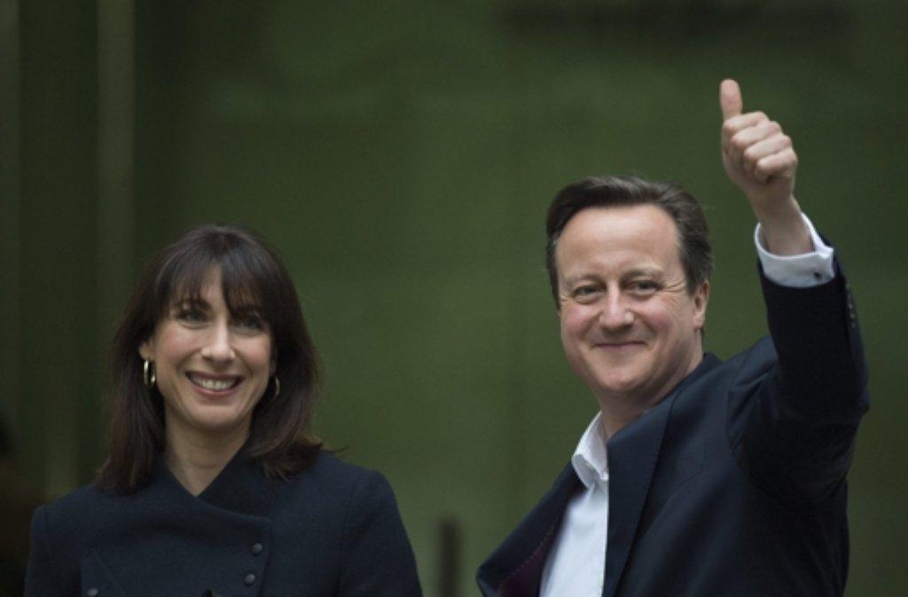 Großbritanniens Premier David Cameron und seine Frau Samantha Foto: EPA