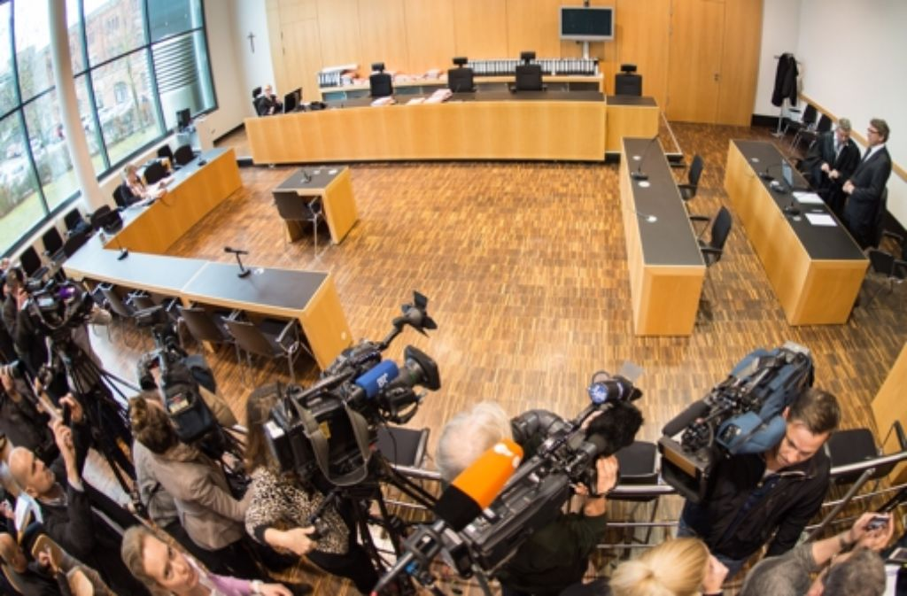 Der Prozess gegen Georg Schmid. Foto: dpa