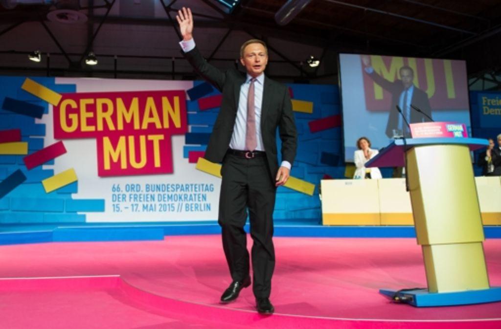 Parteien brauchen viel Geld, zum Beispiel für Parteitage. FDP-Chef Christian Lindner kann sich deshalb freuen, dass seiner Partei in diesem Jahr 550000 Euro zuflossen. Foto: dpa
