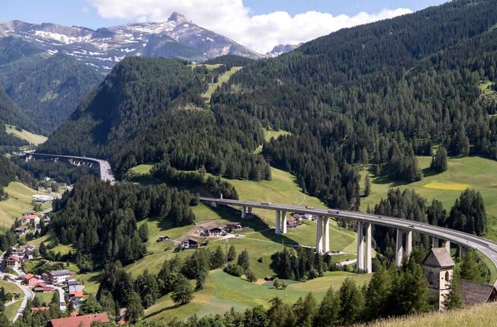 Wegen der Tiroler Fahrverbote gibt es Streit zwischen Österreich und Bayern. Foto: dpa