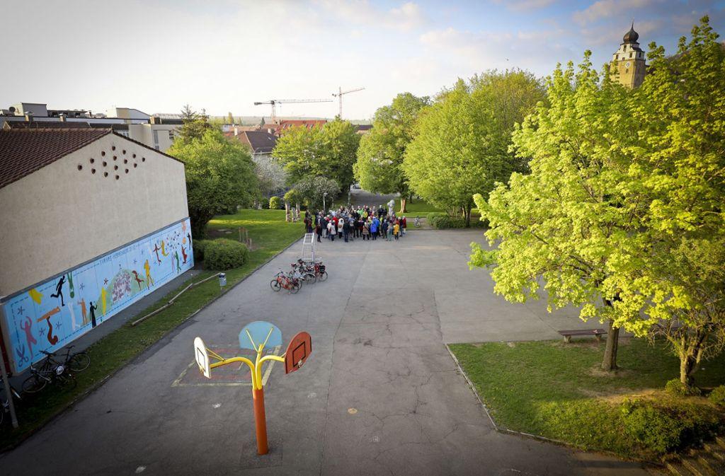 Gegen ein Parkhaus in der Herrenberger Hindenburgstraße formiert sich Protest. Foto: factum/Weise