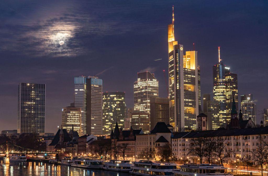 Die neuen Regeln sollen Londoner Banken die Verlagerung von Jobs nach Frankfurt erleichtern. Foto: dpa