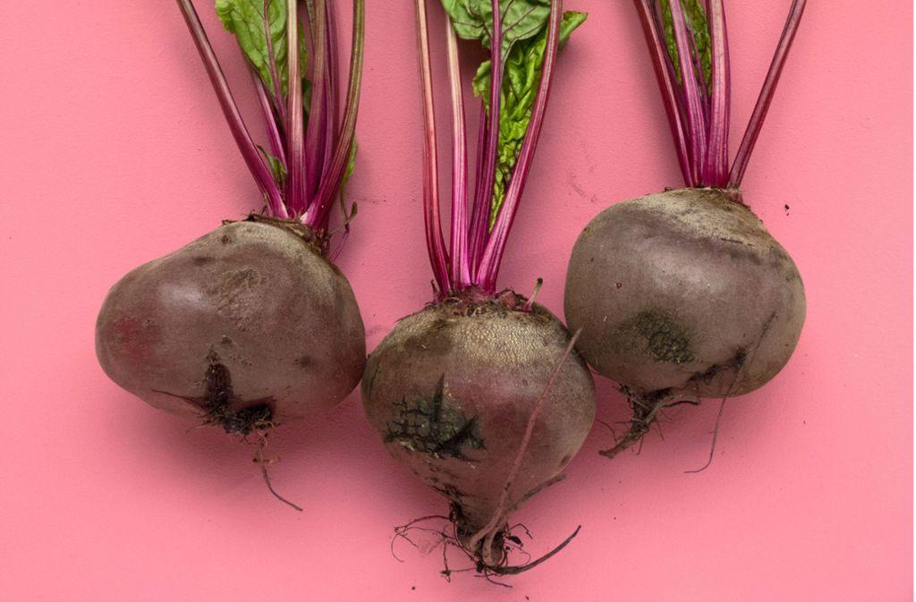Gemüse statt Fleisch: Der Konsum von tierischen Produkten hat massive Auswirkungen auf das Klima und Ressourcen wie Land und Wasser. Foto: foodism
