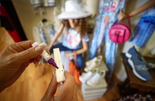 Getestet  oder geimpft zum Shoppen
