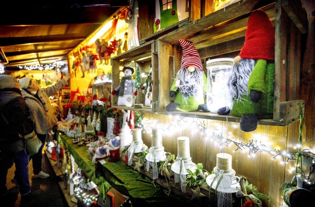 Zum Weihnachtsmarkt in Jux kommen die Gäste auch von weit her. Foto: Gottfried Stoppel
