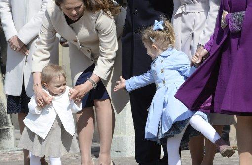 Mini-Prinzessinnen lieben sich heiß und innig