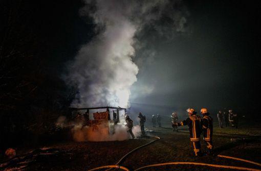 15.000 Euro Schaden nach Brand auf Sportgelände