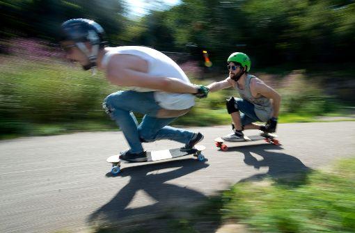 Ohne Führerschein auf dem E-Skateboard erwischt