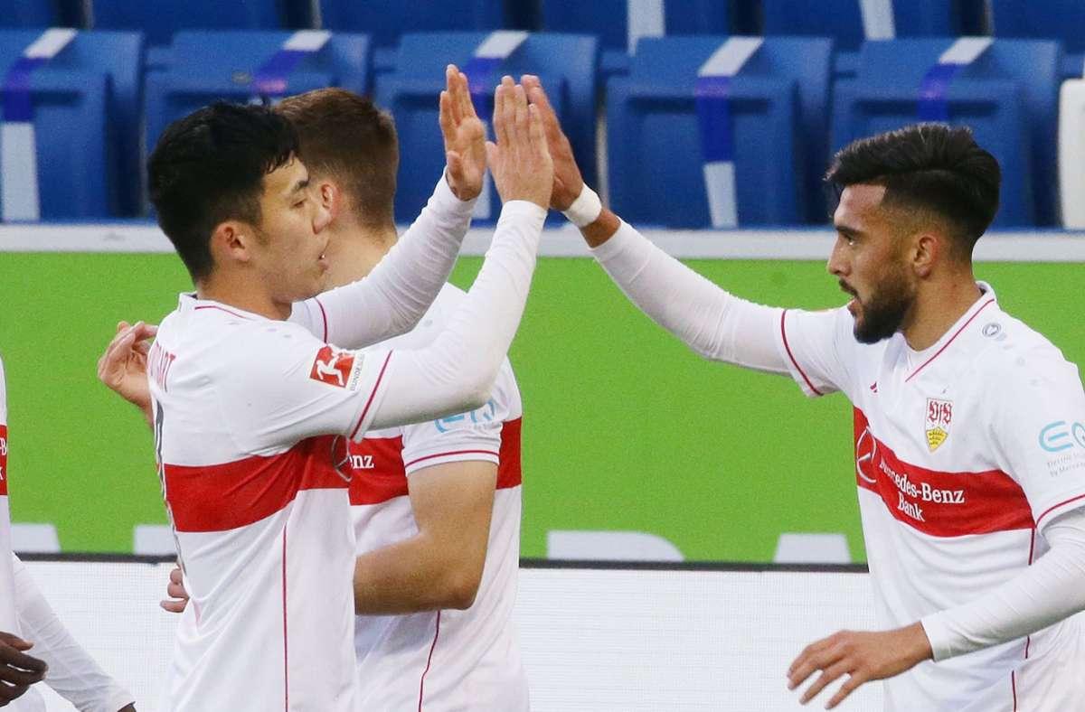 Wataru Endo (links) und Nicolas Gonzalez zählen zu den Notenbesten beim VfB. Foto: Pressefoto Baumann/Hansjürgen Britsch