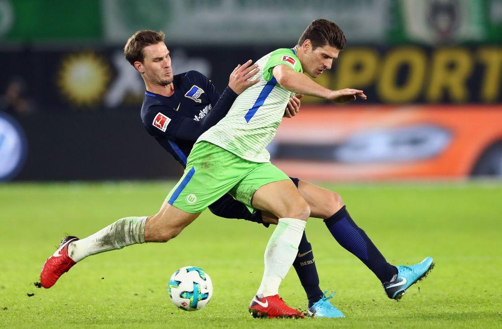 Der VfL Wolfsburg hat mal wieder Unentschieden gespielt – dieses Mal 3:3 gegen die Hertha. Foto: Bongarts