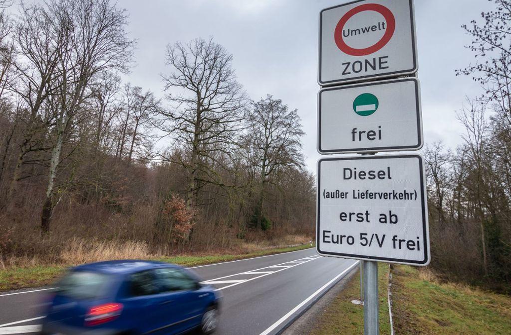 Die Beschilderung für das Fahrverbot ist vom Gericht bestätigt worden. Foto: Lichtgut/Julian Rettig
