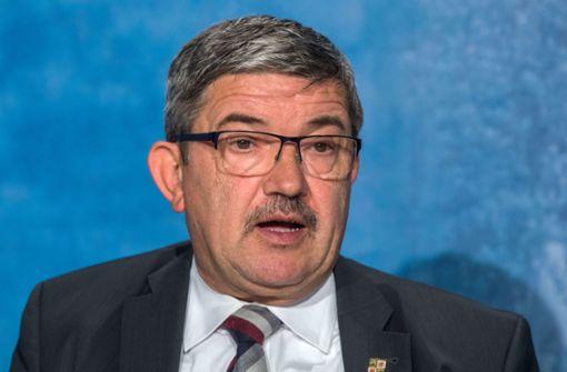 Innenminister Lorenz Caffier tritt zurück