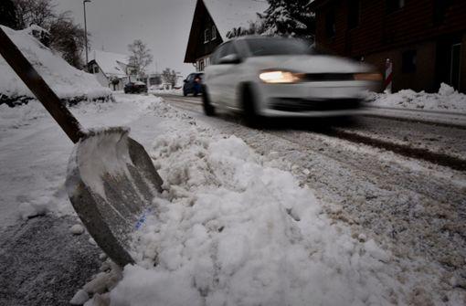 Starker Schneefall sorgt für  Behinderungen und  Unfälle