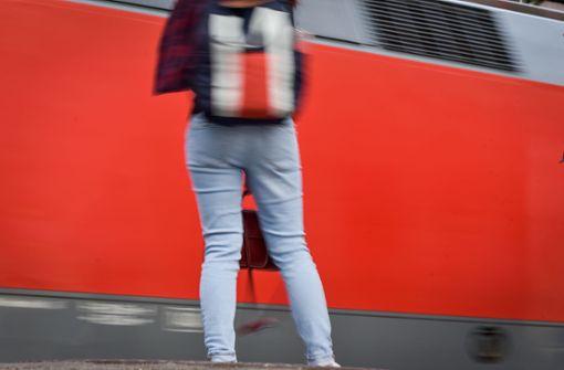 Rassistische Durchsage schockiert Zugreisende
