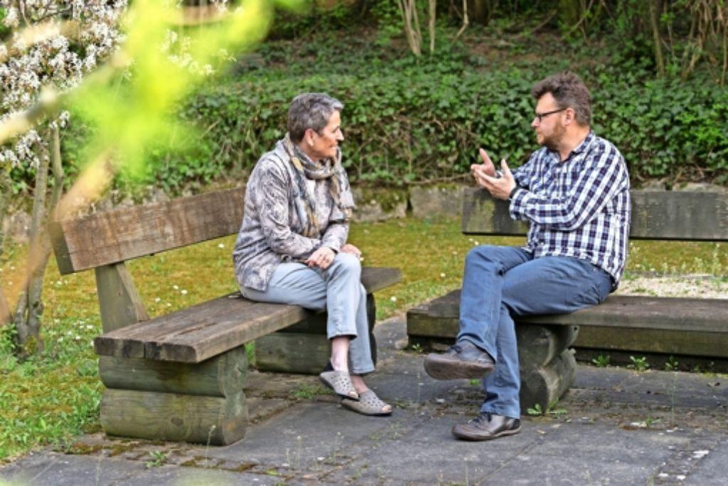Die Idylle  trügt: Christa Lieb und Marc-Oliver Bischoff beschäftigen sich mit Verbrechen – und wie es dazu kommen kann. Foto: factum/Weise