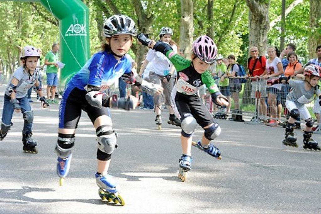 Bereits am Samstag haben sich die jungen Talente beim 20. Stuttgart-Lauf in Wettbewerben gemessen. Kinder und Jugendliche traten in verschiedenen Disziplinen gegeneinander an - und hatten jede Menge Spaß. Wie unsere Bilder zeigen. Foto: www.7aktuell.de | Oskar Eyb