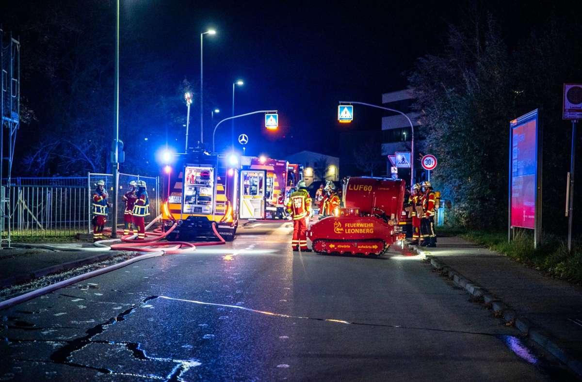 In Leonberg stand der Rohbau einer Sporthalle in Flammen. Foto: 7aktuell.de/Nils Reeh/7aktuell.de | Nils Reeh