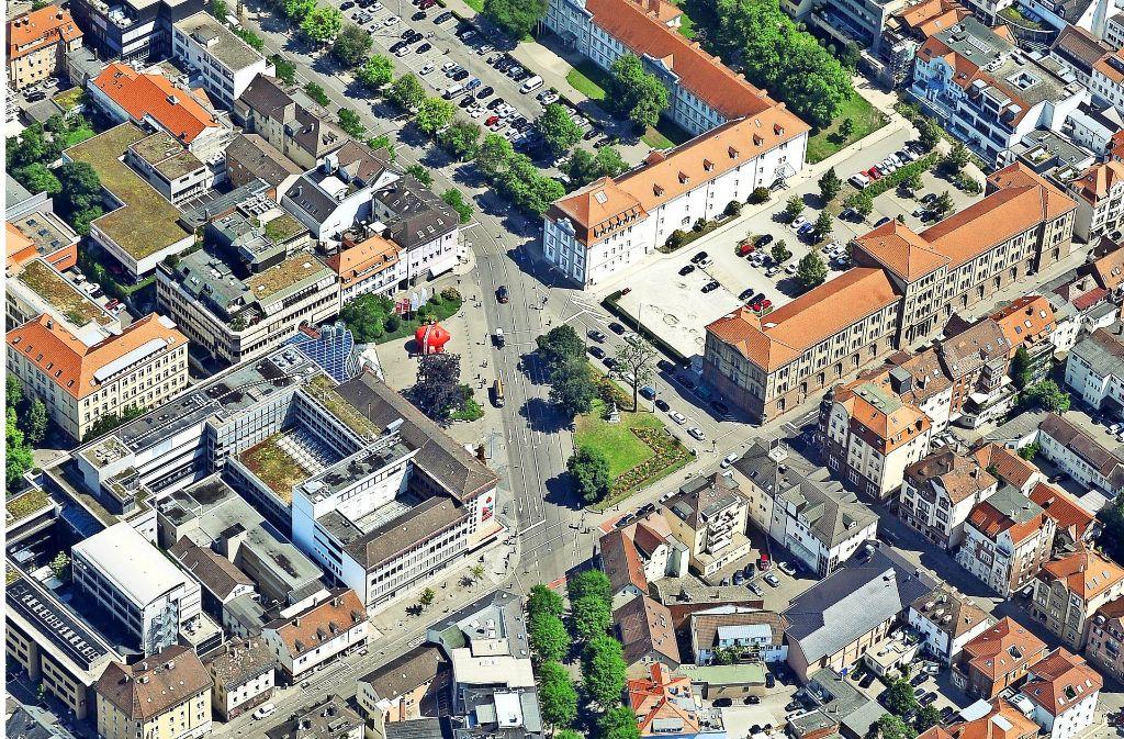 Die Myliusstraße deutet als  grüne Achse auf die Plätze in der Stadtmitte, die nun umgestaltet werden sollen – und unterstreicht zugleich deren Bedeutung. Foto: Stadt Ludwigsburg