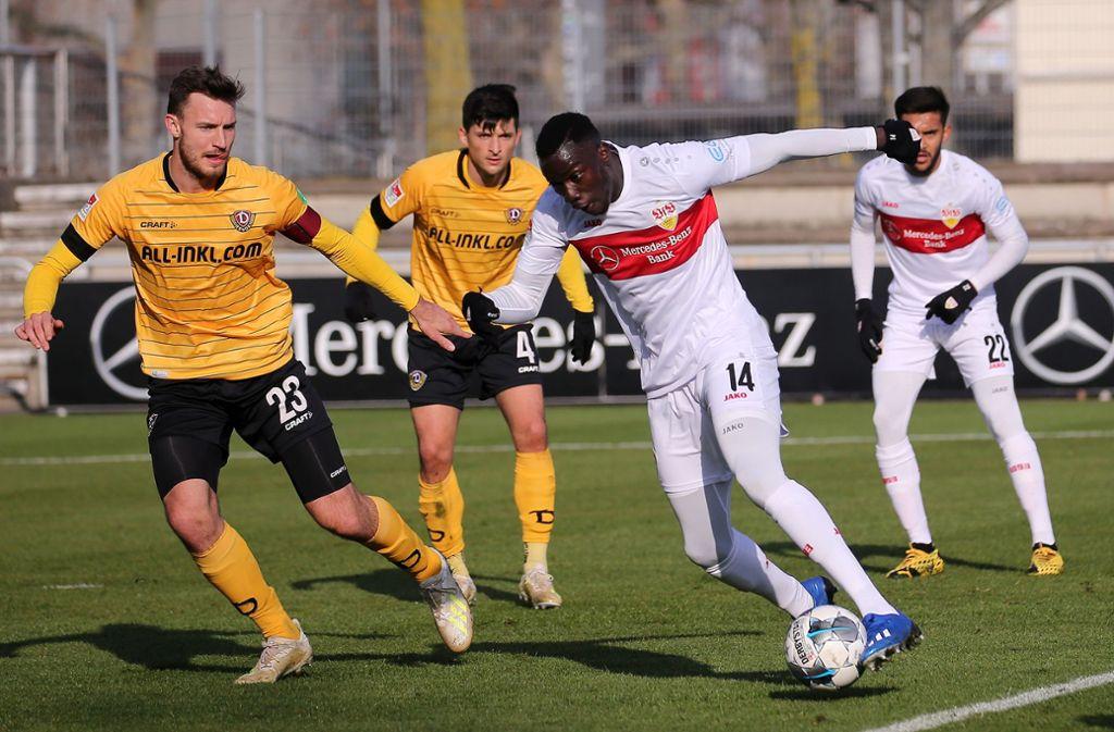 Das Hinspiel gewann der VfB gegen Dynamo Dresden 3:1, im Winter testeten die Teams gegeneinander. Foto: Baumann