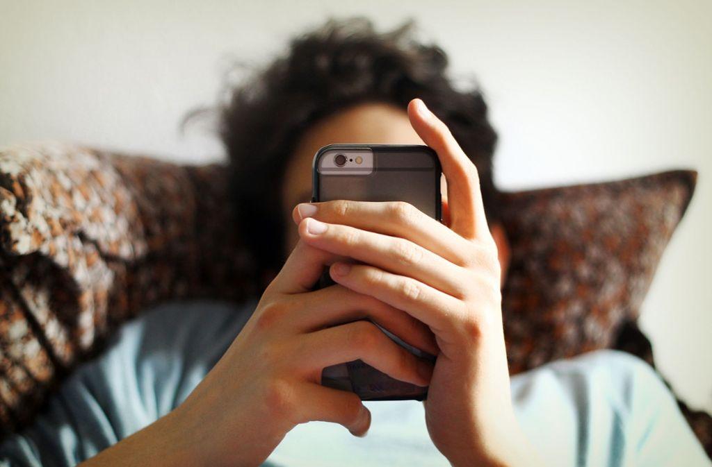 Depressive kommunizieren auch online anders als gesunde Menschen. Das könnte künftig bei der Diagnose helfen. Foto: dpa