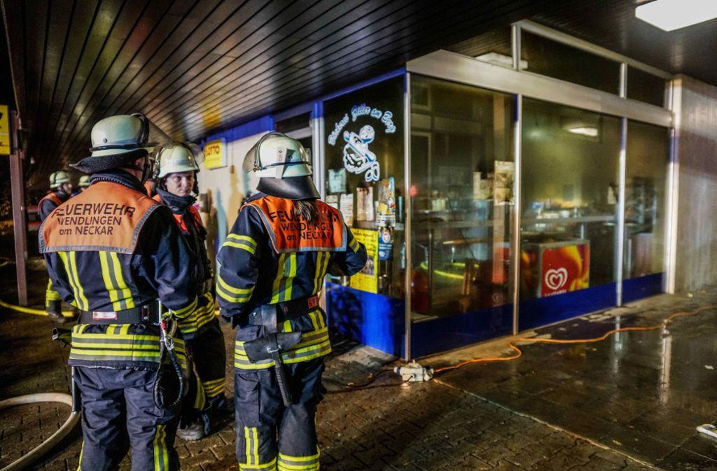 Die Einsatzkräfte brachten die Flammen schnell unter Kontrolle. Foto: SDMG// Kohls