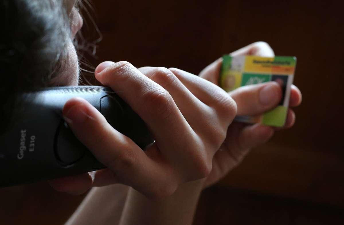 Um das Gesundheitswesen zu entlasten, sollen bis Jahresende telefonische Krankschreibungen möglich sein. (Symbolbild) Foto: dpa/Karl-Josef Hildenbrand