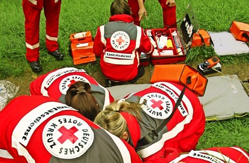 Land großzügig beim Roten Kreuz