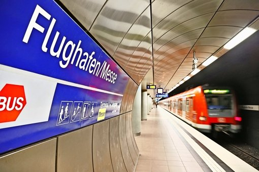 Der Zug für eine bessere Anbindung des Flughafens an den Tiefbahnhof im Stuttgarter Kessel und die Neubaustrecke nach Ulm ist vielleicht doch noch nicht abgefahren. Foto: dpa