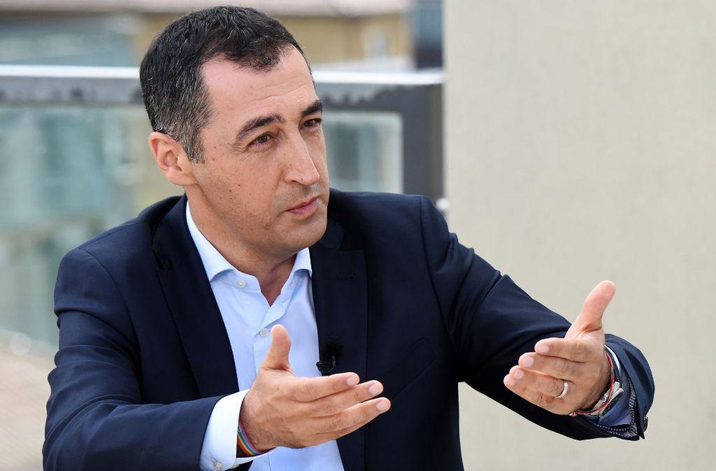 Cem Özdemir hat nichts dagegen, wenn Parteikollegen einen Sportwagen fahren. Foto: ZDF