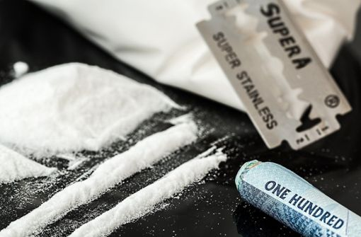 Schlag gegen Kokainhandel – in Darmstadt klicken Handschellen