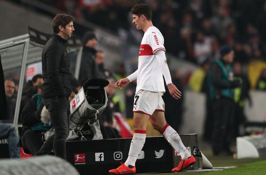 Mario Gomez sah gegen den SC Freiburg die Gelb-Rote-Karte. Foto: Bongarts